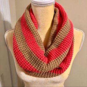 GAP Tan and Pink Knit Infinity Scarf